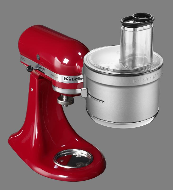 Der Food Processor von KitchenAid an der Küchenmaschine